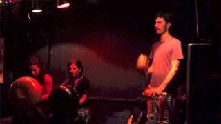 preview picture of video 'Boyadjian, Vázquez, Fourcade @ La Galpona de Martelli, 16-05-2014'