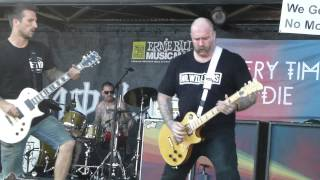 Every Time I Die - Bored Stiff / Decayin' With The Boys - Live 6-14-14 Vans Warped Tour 2014