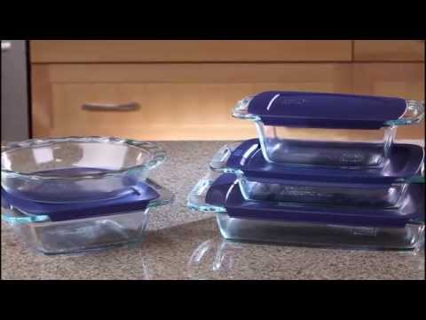 Pyrex Easy Grab 19 Piece Glass Bakeware Set with Blue Lids