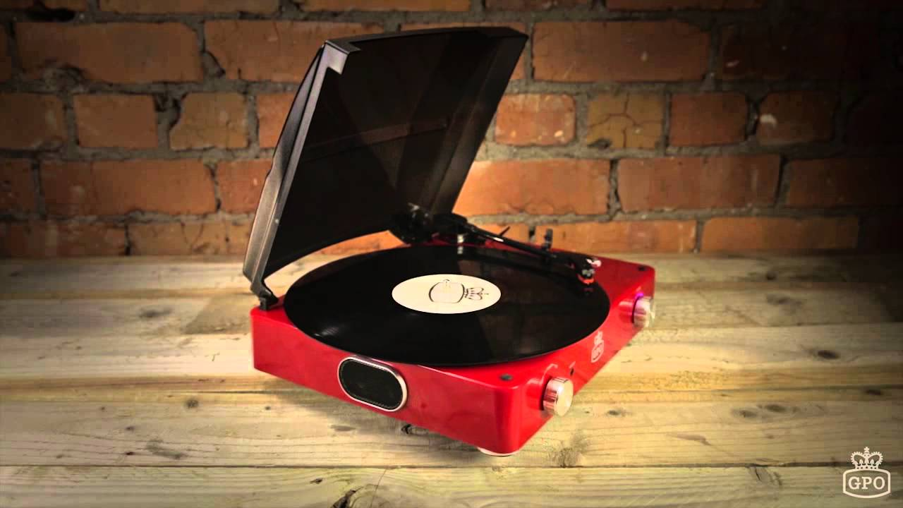 GPO Stylo Record Player in Red