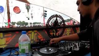 DJ Radzy (EPIC Tribe / BMSS Records Malaysia) @ VuuV Festival Germany 2011 20th Anniversary