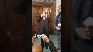Bursa Yeşil Camii Müezzini Recep Uyar, Camiye Gelen Turistlere Ezanın 5 Farklı Makamını Okudu.