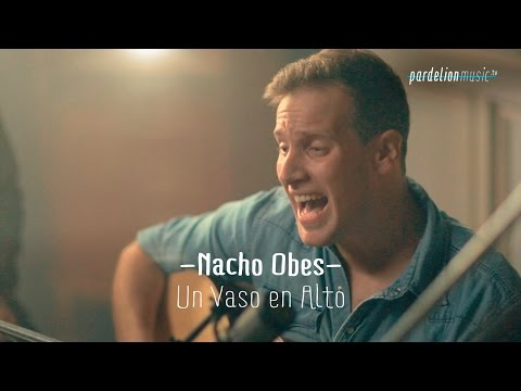 Nacho Obes - Un vaso en alto (Doberman) (Live on PardelionMusic.tv)