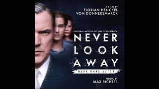 Gambar cover Werk Ohne Autor (Never Look Away) - Max Richter - Portraits