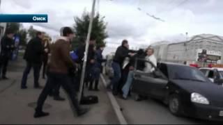 """В Омске активисты """"СтопХам"""" стали участниками драки со стрельбой"""