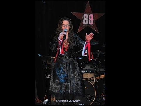 cover of paris ooh la la by the lisa polizzi band at 89 north music venue