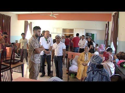 العرب اليوم - فنانون يجرون زيارة لدار المسنين في عين عتيق