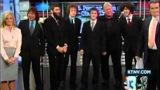 Jay Goeppner & The Cheap Trick background singers on ABC News in Vegas