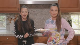 Making Pizza LIVE - Merrell Twins