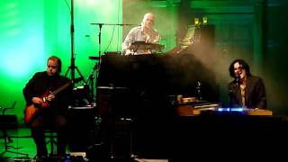 Marillion-Three Minute Boy(Live At Cadogan Hall London 7/12/2009)