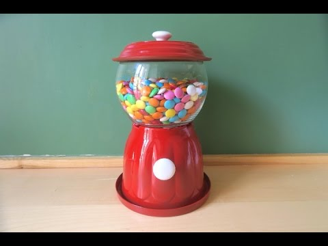 Come realizzare un distributore di caramelle