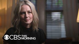 """Singer Allison Moorer's memoir """"Blood,"""" on the legacy of her parents' murder-suicide"""