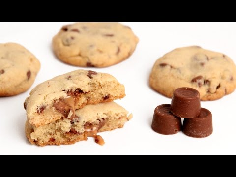 Rolo Stuffed Chocolate Chip Cookie Recipe – Laura Vitale – Laura in the Kitchen Episode 911