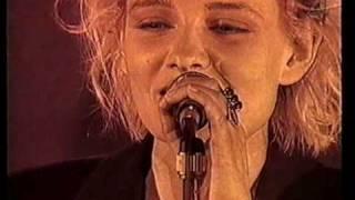 Eva Dahlgren - En blekt blondins resor - 04 Lev så