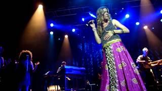 Joss Stone - Teardrops - LIVE PARIS 2012