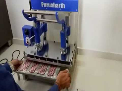 Bakery Cream Roll Packing Machine