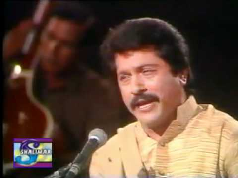 Attaullah Khan Bochna Methon Yar Na.mp4