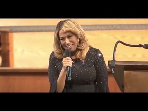 VIDEO Watch Jennifer Holliday Perform Tribute to Late Congressman John