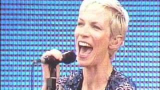 Annie Lennox Don't Let Me Down  Live 1992