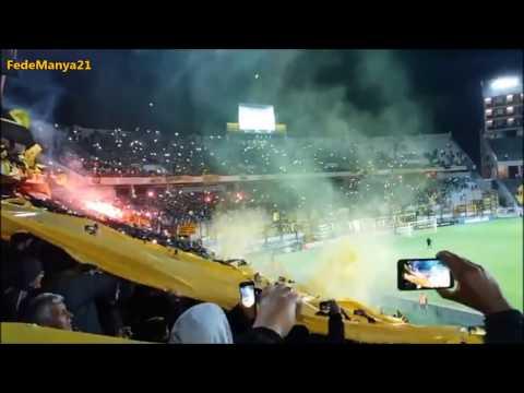 """""""Recibimiento de la Hinchada de Peñarol vs Palmeiras"""" Barra: Barra Amsterdam • Club: Peñarol"""