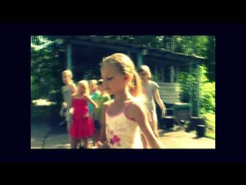 «Киностарт» — это лагерь для детей, которым интересно узнать актёрскую профессию изнутри! Актёрские трени...