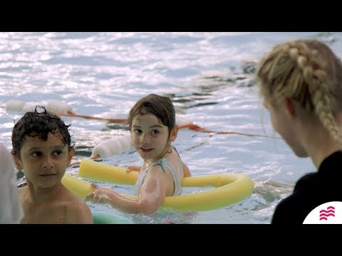 Inside our SEQ Level 2 Teaching Swimming course - YouTube