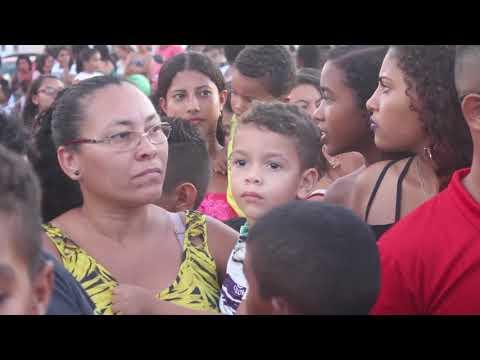 ENTREGA DE BRINQUEDOS NO NATAL EM BEQUIMÃO 2017