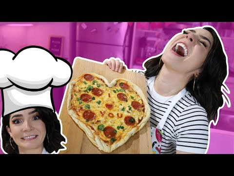 INTENTANDO COCINAR! | PIZZA EN FORMA DE CORAZON 🍕❤️