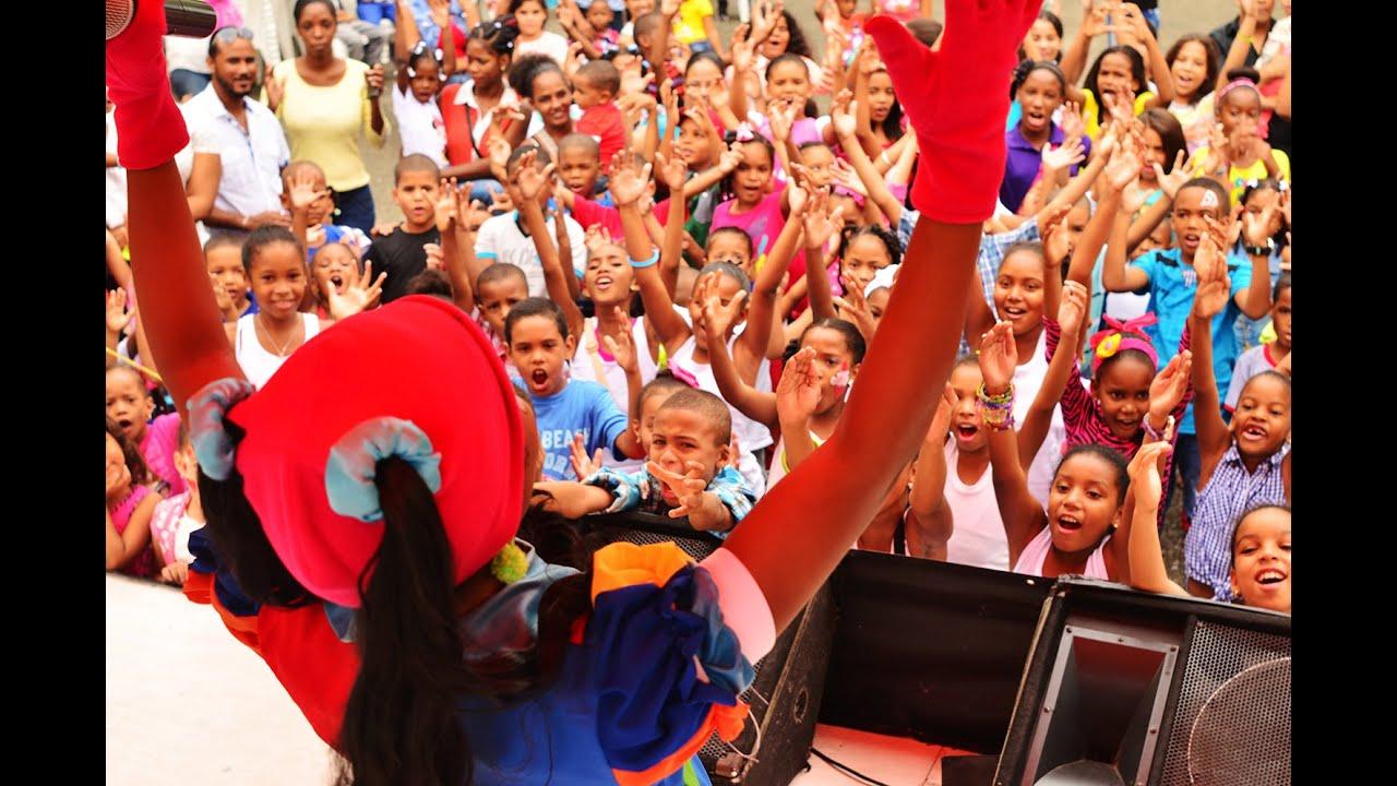 Mimi XZ- Presentación San Cristóbal (en vivo/live)