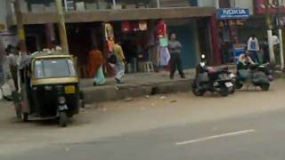 preview picture of video 'Guwahati Station Street'