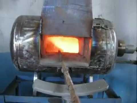 piccola forgia a gas primo test con bruciatore bunsen