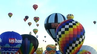 Raw: Balloon Fiesta Ends With a Final Ascension