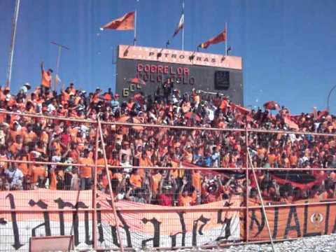"""""""Salida Cobreloa contra los indios 25/09/2011"""" Barra: Huracan Naranja • Club: Cobreloa"""