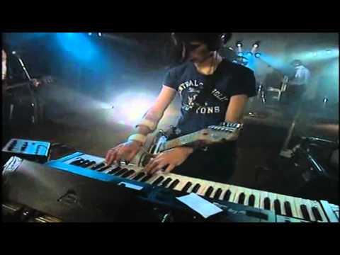 Radiohead - Fake Plastic Trees (Live Bullet Sound Studio, 2 meter session)