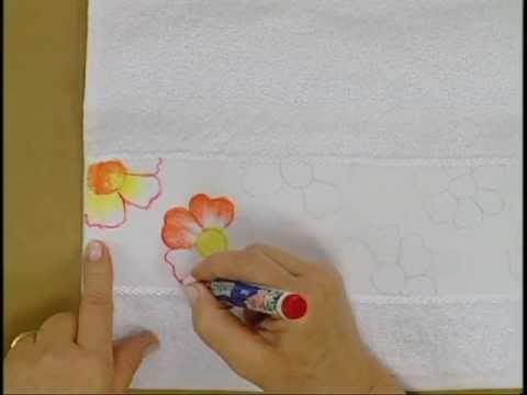 Pintura em tecido com caneta Acrilpen