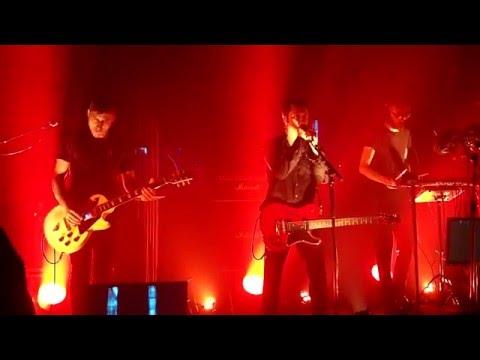 Velvetine – prologue + Far Away (live)