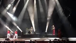 Johnny Clegg Zulu dancing, Dubai 2017