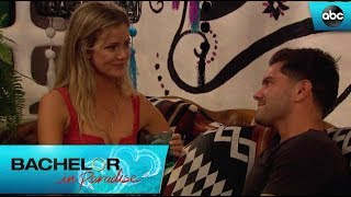 Dylan And Hannah Visit The Treehouse - Bachelor In Paradise