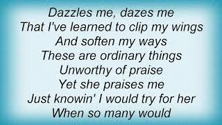 Barry Manilow - It Amazes Me Lyrics