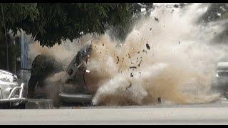 preview picture of video 'لحضة انفجار العبوه الناسفة -في محافظة لحج - الله يرحم الضحايا المدنيين'