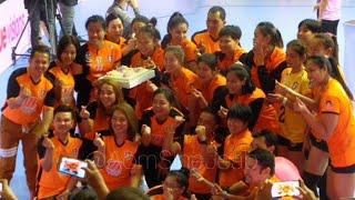 สโมสรวอลเลย์บอลหญิงนครราชสีมาเดอะมอลล์วีซีหลังจากแข่งขันเสร็จ @The Mall งามวงศ์วาน 27/01/2019