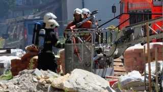 preview picture of video 'Dakbrand in nieuwbouw appartement - De Haan'