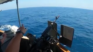 video: US fires warning shots at Iranian boats in Strait of Hormuz