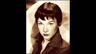 Shirley Maclaine (Michael Buble - I've Got You Uder My Skin)