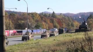 Barwinek. Słowacja. Kolumna wojsk amerykańskich