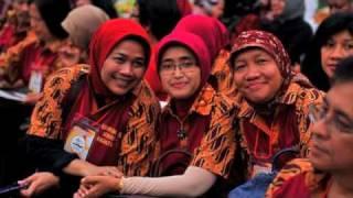 preview picture of video 'Reuni Akbar SMAN I Semarang'