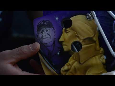 [UTI] Richard Bachman's Purple Heart mask
