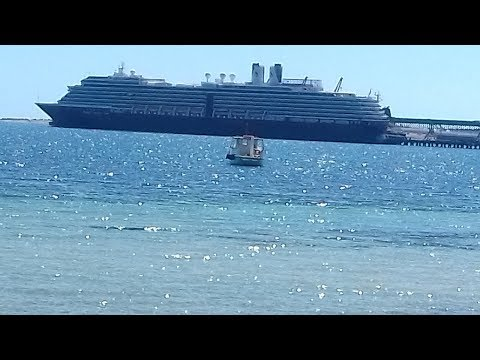 Holland America Cruise Review & Tips South Australia & Tasmania 2018