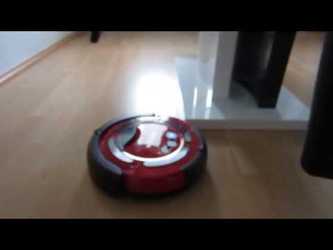 Saugroboter Vileda Cleaning Robot auf Laminat mit Stufenerkennung (no irobot)