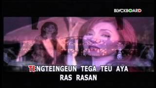 Download lagu Nia Daniaty Leungiteun Mp3